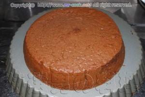 ケーキが焼き上がったら冷ましておく