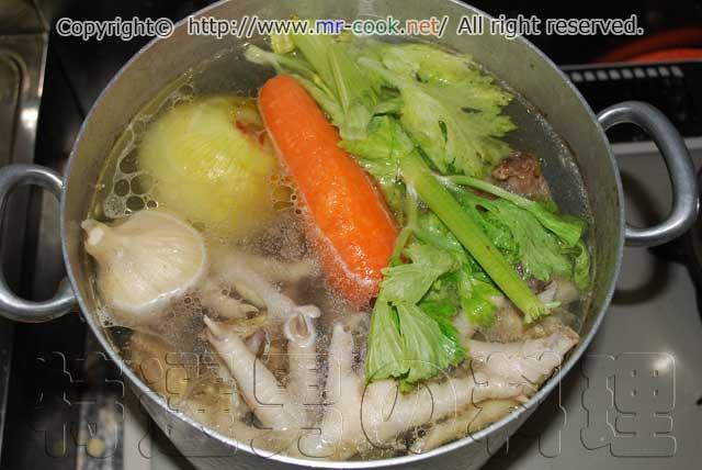 がら 鍋 鶏 スープ 鳥鍋