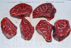 牛スネ肉の下処理