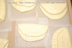 中華パンの成型
