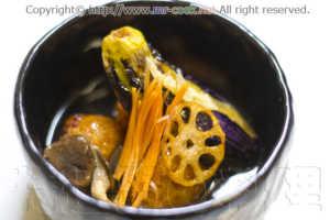 海老入り蓮根餅と茄の揚げ浸し