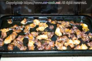 牛スジ肉をオーブンで焼く